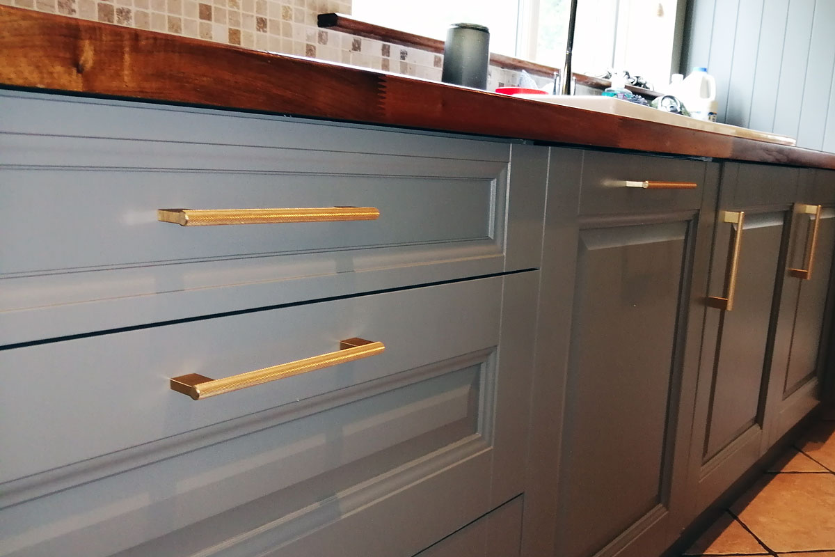kitchen gold handles